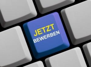 Bewerben-Button auf einer Tastatur